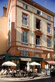 Bar du Matin, place des Carmes